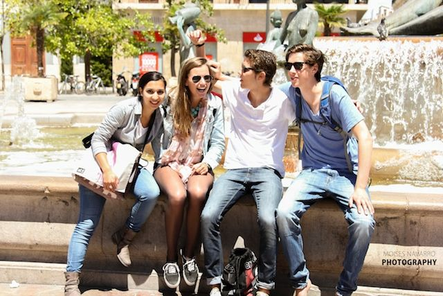 Students on a city tour in Valencia